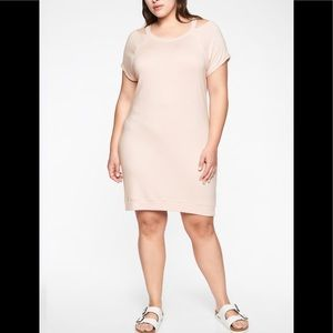 Beautiful NWT Athleta Shala cold shoulder dress 👗